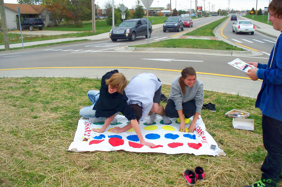 Twister In the Round-About